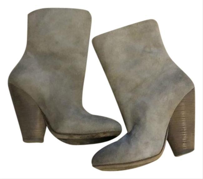 Item - Gray Women's Suede Ankle Boots/Booties Size US 6 Regular (M, B)