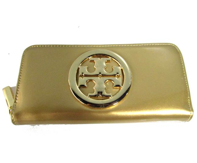 Item - Gold Patent Leather Clutch
