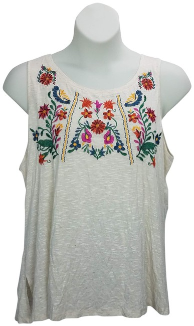 Item - Beige Sleeveless Floral Blouse Size 20 (Plus 1x)
