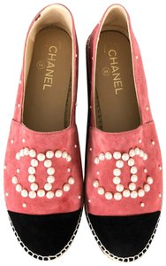 Chanel Pink with Black Captoe Flats