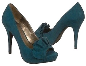 Fergalicious by Fergie Pumps Sexy Fun Sassy Teal Platforms