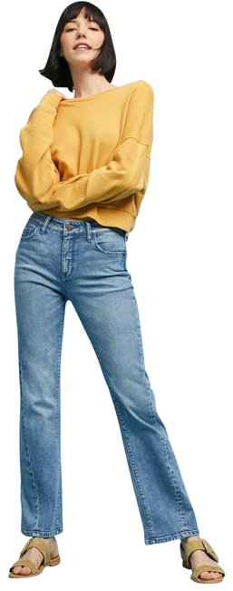 Item - Blue Cropped Straight Leg Jeans Size 27 (4, S)