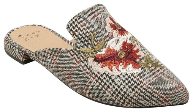 Item - Gray Women's Eve Plaid Embroidered Backless Mules/Slides Size US 11 Regular (M, B)