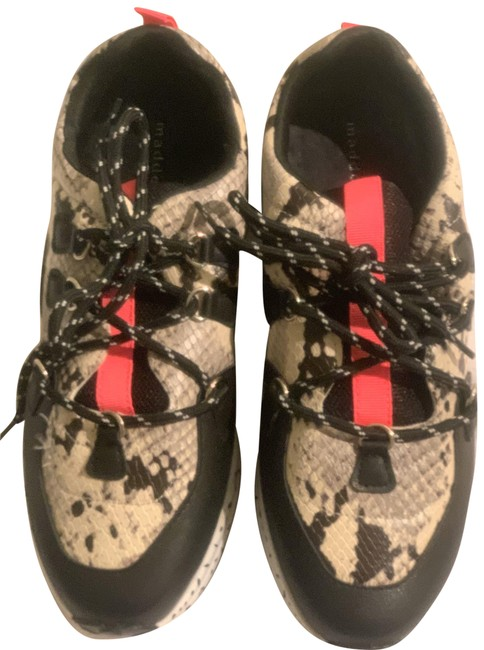 Item - Black Pink Girl Nwob Snake Print Sneakers Size US 9.5 Regular (M, B)