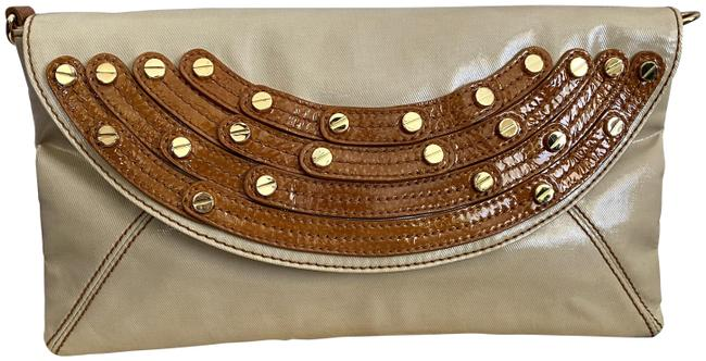 Item - Studded Ivory Beige/Brown Coated Leather Clutch