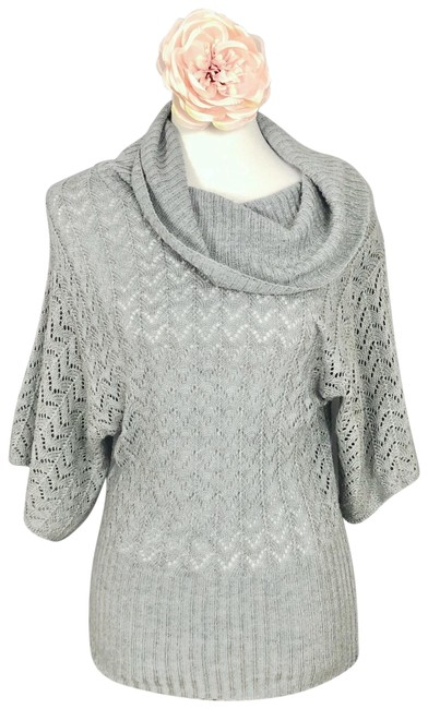 Item - Light Grey Sweater