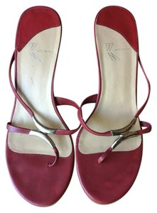 White Mountain Cute Heel Wedding Red & Silver Pumps