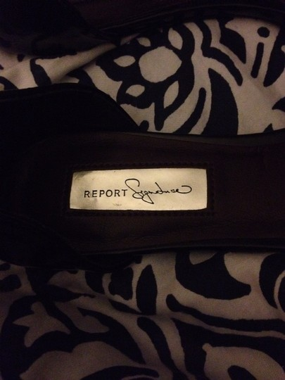 Report Signature Black Flats