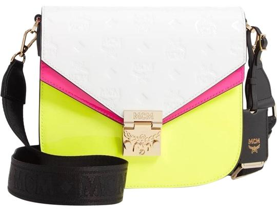 Preload https://img-static.tradesy.com/item/26872526/mcm-patricia-in-monogram-multicolor-patent-leather-cross-body-bag-0-1-540-540.jpg