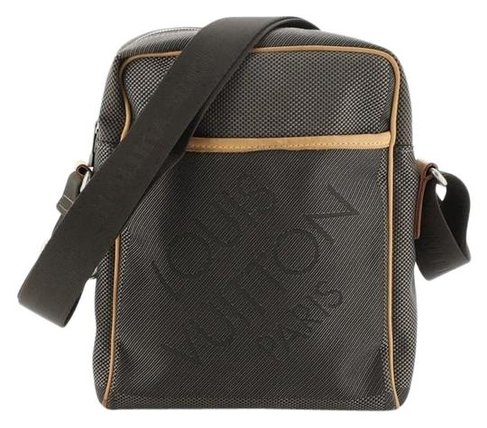 Preload https://img-static.tradesy.com/item/26872594/louis-vuitton-citadin-geant-limited-edition-brown-canvas-messenger-bag-0-1-540-540.jpg