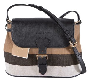 Burberry Gowan Purse Handbag Cross Body Bag