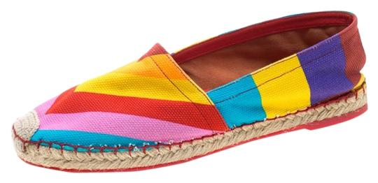 Preload https://img-static.tradesy.com/item/26872713/valentino-multicolor-chevron-print-canvas-espadrilles-flats-size-us-6-regular-m-b-0-1-540-540.jpg