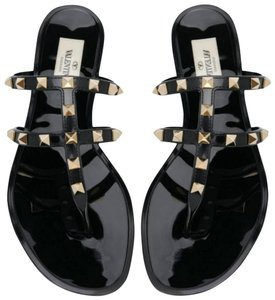 Valentino Rockstud black Sandals