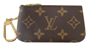 Louis Vuitton New sold out Key Pouch Cles Monogram Dustbag tags made in France