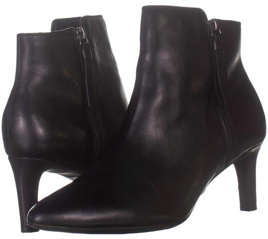 Preload https://img-static.tradesy.com/item/26872873/clarks-black-4569-pointed-toe-ankle-253-bootsbooties-size-us-95-regular-m-b-0-1-540-540.jpg
