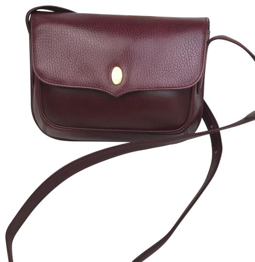 Preload https://img-static.tradesy.com/item/26872878/cartier-bordeaux-pebbled-flap-27286-sale-red-leather-cross-body-bag-0-1-540-540.jpg