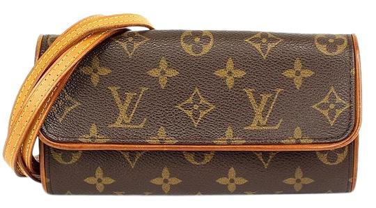 Preload https://img-static.tradesy.com/item/26872885/louis-vuitton-waist-bag-pochette-lv-brown-canvas-wristlet-0-1-540-540.jpg