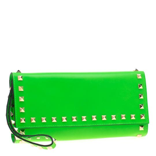 Valentino Neon Green Leather Rockstud Trifold Wallet Image 3
