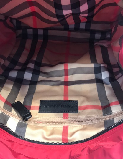 Burberry Tote in red Image 6