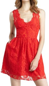 Madison Marcus Lace Dryclean Only Sexy Classic Sleeveless Dress