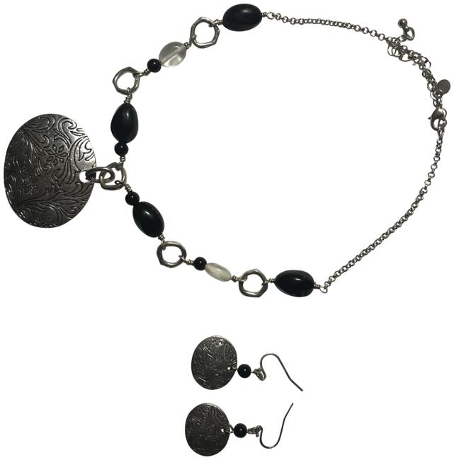 Item - Silver with Black Accents And Earrings Necklace