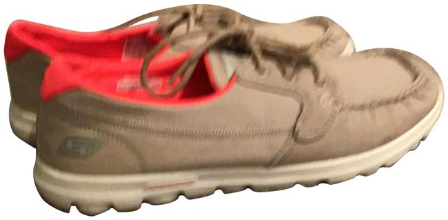 Item - Taupe/Pink Gogo Mat On The Go Mocs Boat Sneakers Size US 9.5 Regular (M, B)