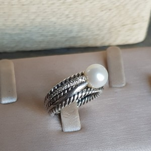 David Yurman David Yurman Crossover Pearl Diamond Ring