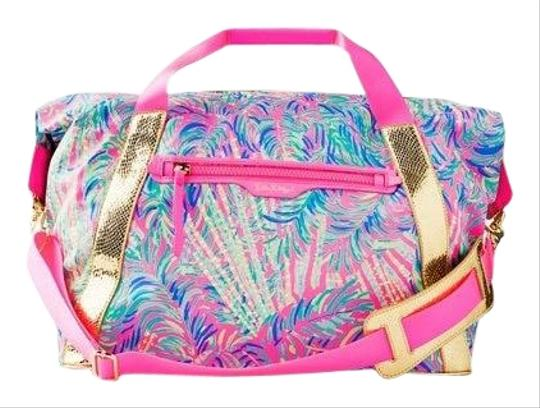 Preload https://img-static.tradesy.com/item/26883911/lilly-pulitzer-sunseekers-tote-pink-gold-printed-matte-polyester-weekendtravel-bag-0-1-540-540.jpg