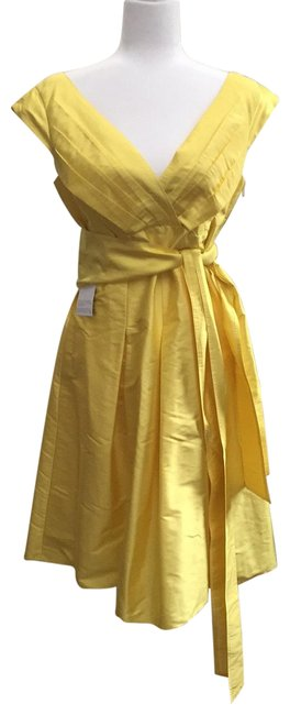 Item - Yellow 8120m695 Mid-length Cocktail Dress Size 10 (M)