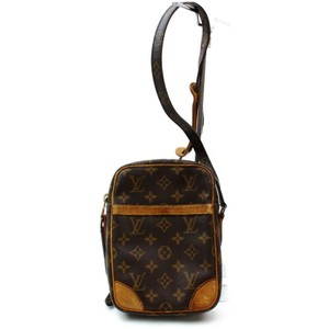 Louis Vuitton M45266 Danube Lv Lv Lv Monogram Cross Body Bag