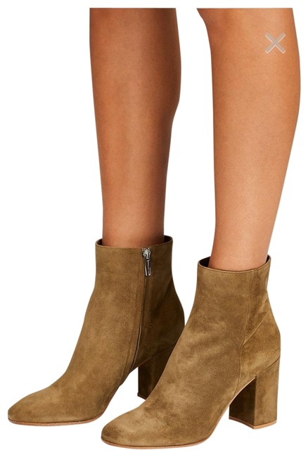 Item - Olive Rolling 85 Boots/Booties Size US 9 Regular (M, B)