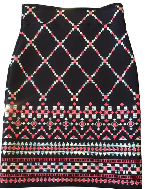 Item - Black with Coral Print Stretch Skirt Size 0 (XS, 25)