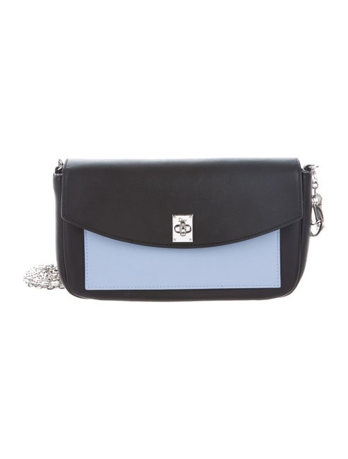 Item - Twist Large Pouch with Chain Pink Leather Cross Body Bag