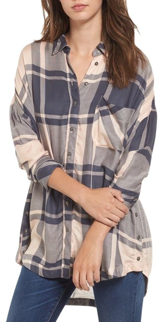 Item - Pink Oversized Plaid Tunic Button-down Top Size 6 (S)