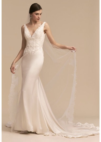 Preload https://img-static.tradesy.com/item/26888168/bhldn-ivory-oceana-gown-whispers-and-echoes-feminine-wedding-dress-size-10-m-0-0-540-540.jpg