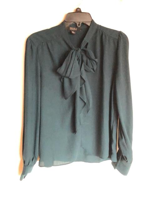 Forever 21 Green Bow Tie Neck Blouse Size 8 (M) Forever 21 Green Bow Tie Neck Blouse Size 8 (M) Image 1