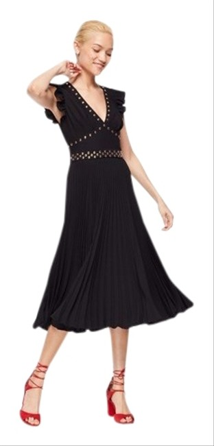 Item - Black with Gold Studs Women's Pleated Crepe Mid-length Cocktail Dress Size 10 (M)