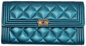CHANEL Boy Caviar Long Wallet