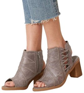 Not Rated Gray taupe color Boots