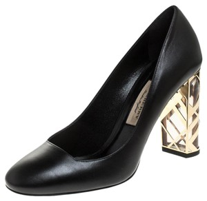 Burberry Leather Black Pumps