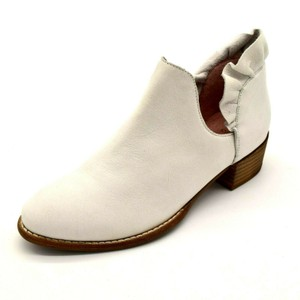 Seychelles Leather White Boots