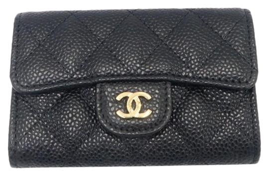 Preload https://img-static.tradesy.com/item/26901262/chanel-black-classic-flap-card-holder-in-caviar-with-sliver-hardware-wallet-0-1-540-540.jpg