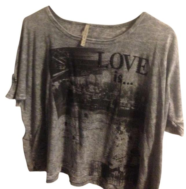 Item - Gray with Black Detail Crop Vintage Sleeves Grunge Embellished Studded Off The Shoulder Love Graphic Deal Cheap Tee Shirt Size 6 (S)