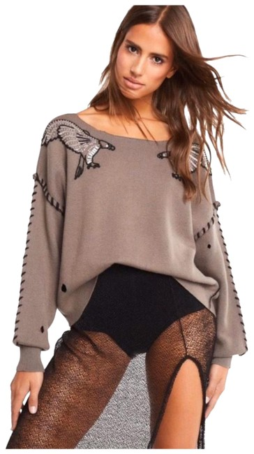 Item - Embroidered Brown Sweater
