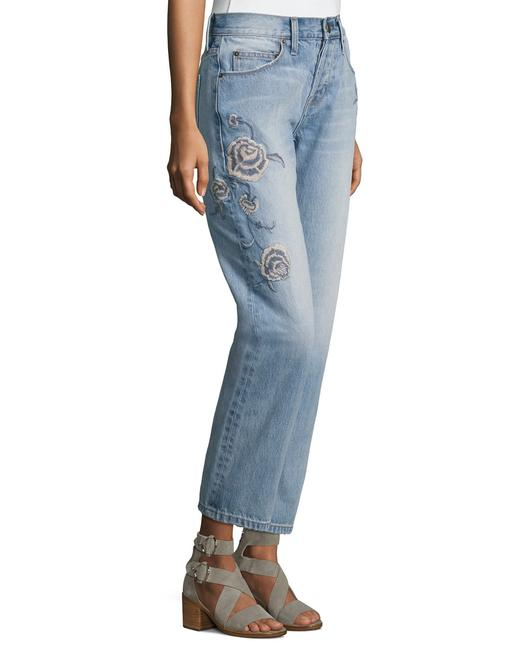 Item - Blue Light Wash The Crossover Straight Leg Jeans Size 6 (S, 28)