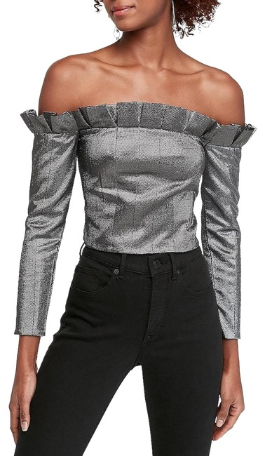Item - Metallic Ruffle Off The Shoulder Cropped Long Sleeve 00 Bn Silver Top