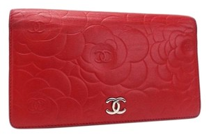 Chanel Chanel Camellia Bi-fold Wallet Lambskin Rouge Red A36544 Cocomark CHANEL Ladies Silver Hardware