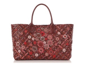 Bottega Veneta Bv.r0107.01 Floral Limited Edition Ayers Reduced Price Tote in Red