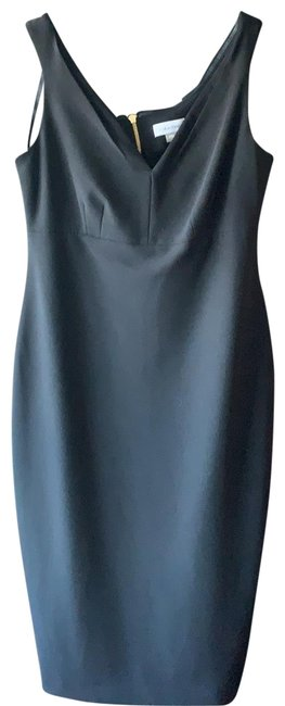 Item - Sleeveless Mid-length Cocktail Dress Size 10 (M)
