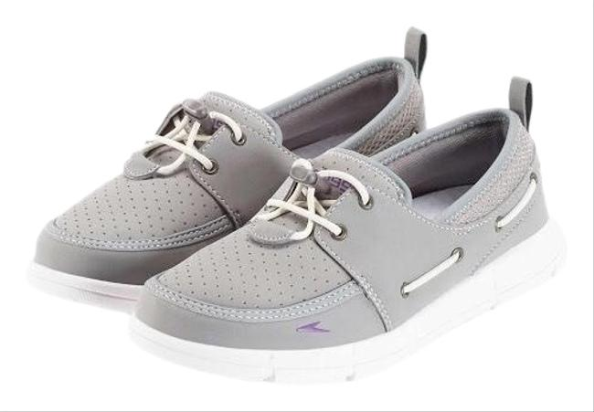 Item - Gray Port Lightweight Breathable Water Sneakers Size US 6 Regular (M, B)